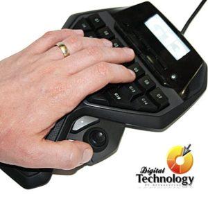 Teclado Logitech G13 Advanced Gameboard con una pantalla LCD 25 Teclas Programables